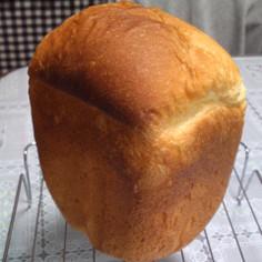 HBで塩麹入り湯種食パン