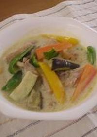 タイ料理の定番★チキン・グリーンカレー