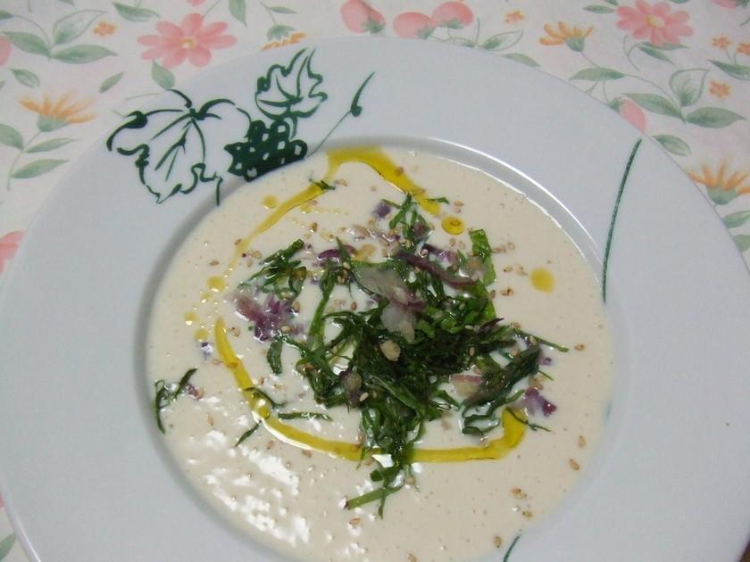 絹豆腐の冷たい和風スープ