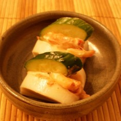 ☆蒲鉾のキムチマヨ胡瓜サンド☆