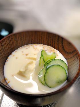 豆乳を注ぐだけ☆簡単☆夏の呉汁風スープ