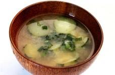 ばあちゃんの味☆胡瓜の味噌汁