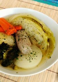 丸ごと野菜とソーセージのポトフ