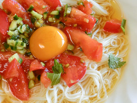 トマト・オリーブオイル♪冷たい素麺
