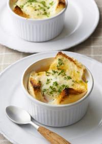 バター好き♪卵とパンの5分で簡単ココット