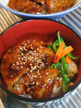 ◎豚バラ丼◎韓国風(コチュジャン入り)
