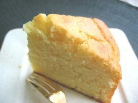 ホットケーキミックスで作る◎超簡単!プロセスチーズでホロホロの口どけのチーズケーキ