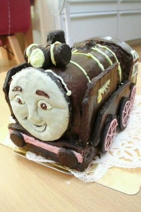 トーマス ヒロ 立体ケーキ♪