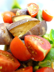 茄子とピーマンとトマトのポン酢マリネの写真