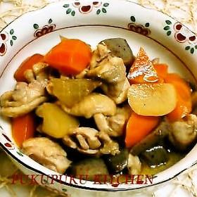 鶏肉と大根と人参と蒟蒻の煮物(筑前煮風)