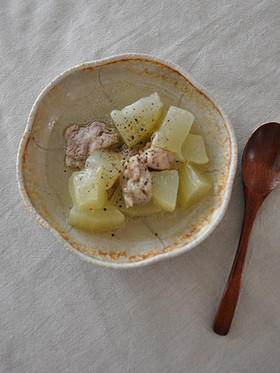 鶏と瓜の鶏ガラスープ煮
