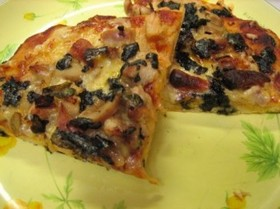 照り焼きチキンと海苔のピザ