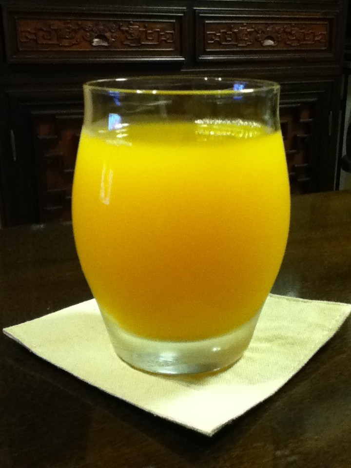 お酢が苦手な人に♪黒酢オレンジジュース