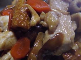 煮物(鶏・ちくわ・人参・椎茸)