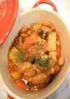 たっぷり野菜とチキンのトマト煮込み。