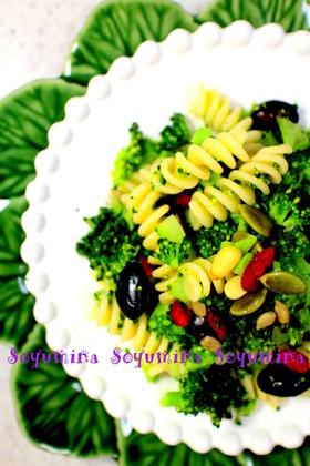 ブロッコリーとお豆のプーリア風パスタ