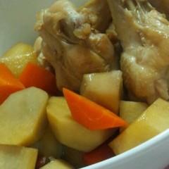 簡単煮物☆鶏手羽と里芋の甘辛煮