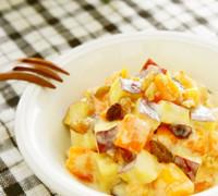 秋♪さつまいもと柿のサラダ