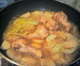鶏手羽と春野菜煮込み