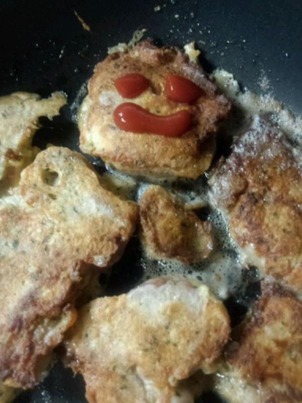 鶏肉のピカタ(卵つけ焼き)豚肉でもOK!