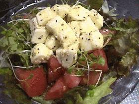 モッツアレラチーズのサラダ