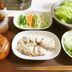 ポッサム(塩豚&野菜たっぷり韓国料理)