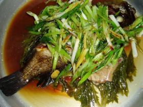 蒸し魚(清蒸魚)