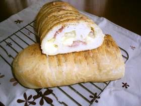 ベーコンチーズパン