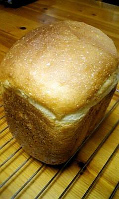 塩麹入り☆ハニーミルク食パン