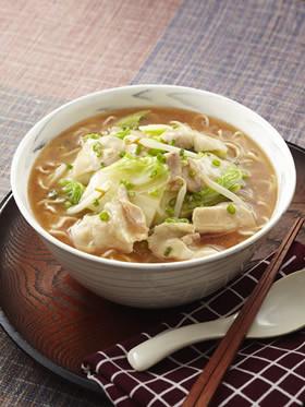 豚と白菜の煮込みとろみしょうゆチャルメラ
