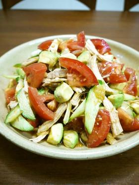 鶏むね肉のアボカドとトマトの中華サラダ♪