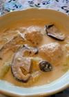 白菜と鶏団子の豆乳スープ