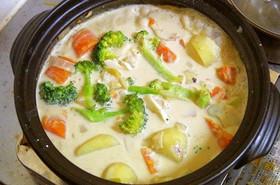 シンプルで簡単!土鍋でホワイトシチュー