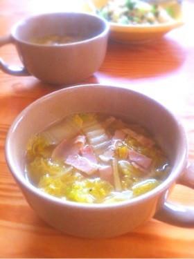 白菜とベーコンの生姜とろみスープ