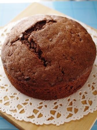 クリスマスに簡単ダブルチョコホールケーキ