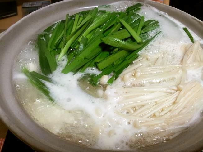 えのきとニラの湯豆腐