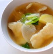 スジェビ(韓国すいとん汁)の写真