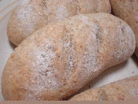 ♪素朴なライ麦パン♪