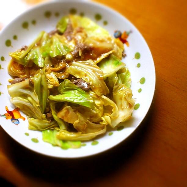 牛肉とキャベツの中華炒め*
