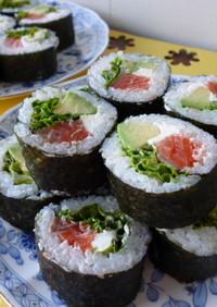 濃厚♪サーモンとクリームチーズ巻き寿司♪