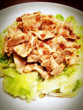 簡単味付!茹でキャベツと豚肉のおかか和え