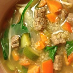 キヌアと野菜ゴロゴロ&牛肉スープ