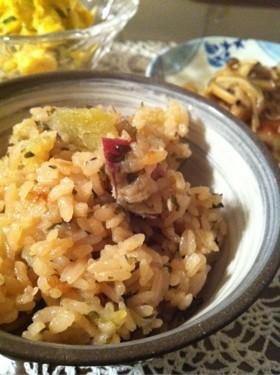 丸ごとさつま芋と塩昆布の炊き込みご飯