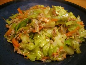 ウェイパーで旨い♪キャベツ多めの野菜炒め