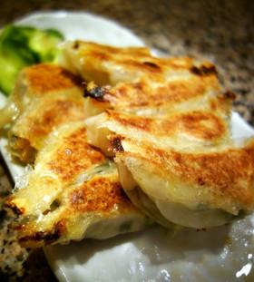 超簡単!羽根付き餃子の作り方と焼き方