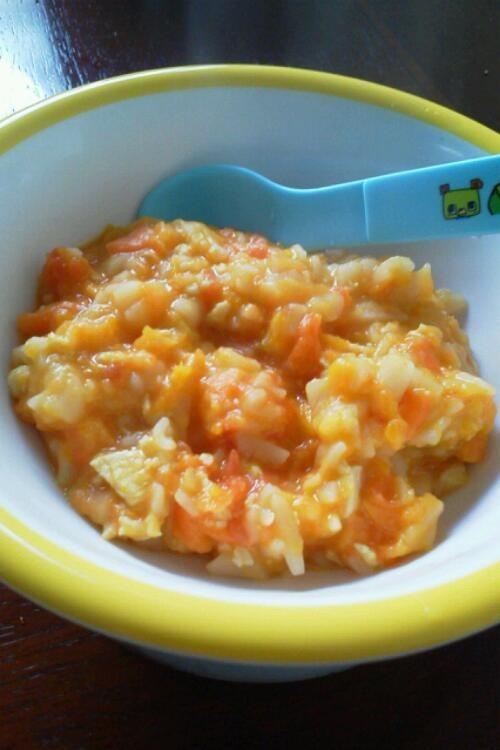 離乳食後期 トマトとカボチャのパスタ