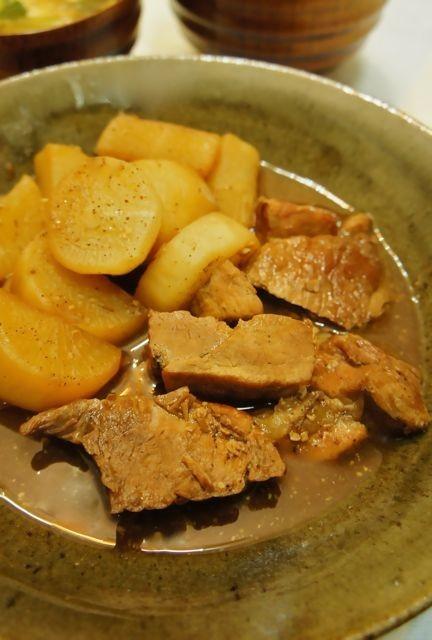 豚と大根の中華煮込み