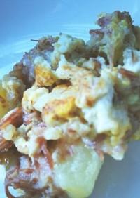 コンビーフポテトの卵炒め