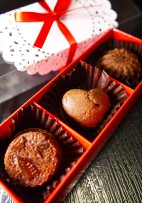 バレンタイン大量生産!プチ生チョコケーキ