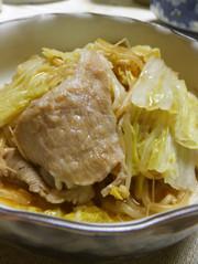 白菜と豚肉ともやしのポン酢蒸し煮の写真